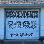 DESCENDENTS - 9TH & WALNUT (LTD OPAQUE GREEN VINYL)